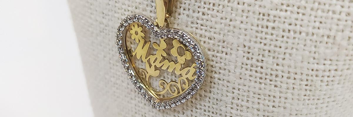Ideas de regalos para el Día de la Madre 2021. Joyas de plata, oro y acero con piedras. Joyas personalizadas y especiales para la mama. El regalo ideal para tu madre.